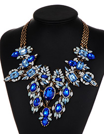 Vintage Blue Oval Shape Decorated Necklace