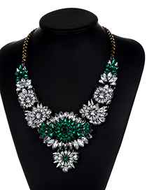 Elegant White+green Color-matching Decorated Necklace