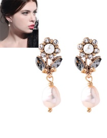 Fashion Gold Color Flowers Decorated Long Earrings