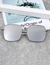 Fashion Silver Color Square Shape Decorated Sunglass