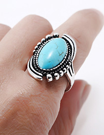 Elegant Blue Oval Shape Decorated Simple Ring