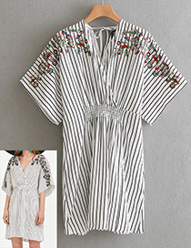 Fashion White+black Stripe Pattern Decorated V Neckline Dress