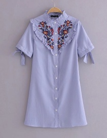 Fashion Blue Embroidery Flower Pattern Decorated Dress