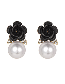 Fashion Black Pearls&flower Decorated Earrings