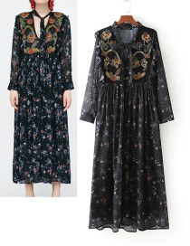 Fashion Black Embroidery Flower Decorated Long Sleeves Dress