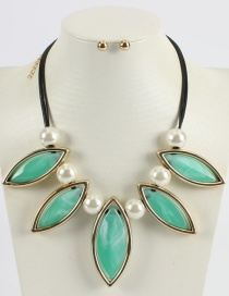 Fashion Green Pure Color Design Leaf Shape Necklace (not Set)
