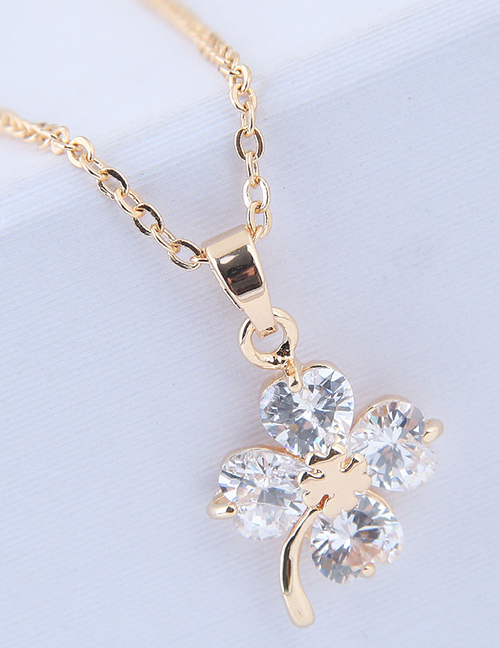 Elegant Gold Color Flower Pendant Decorated Long Necklace