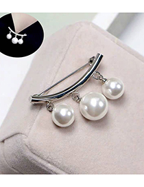 Fashion Silver Pearl Brooch