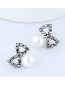 Fashion Silver Bow Pearl Stud Earrings