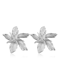 Fashion Silver Metal Maple Leaf Stud