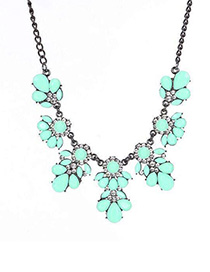 Fashion Pea Green Metal Flash Diamond Flower Necklace