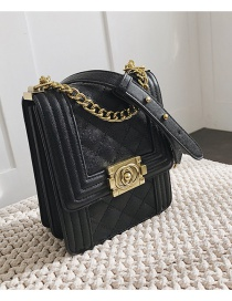 Fashion Caviar Black Chain Embroidery Thread Rhombic Single Shoulder Bag