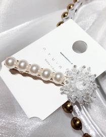 Fashion White Flower Pearl Crystal Duckbill Clip