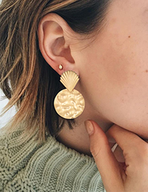 Fashion Gold Alloy Shell Round Earrings