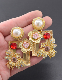 Fashion Gold Small Photo Frame Earrings