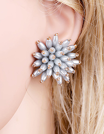 Fashion Gray Beaded Three-dimensional Flower Pearl Stud Earrings