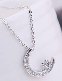 Fashion Silver Copper Micro Inlaid Zircon Crescent Necklace