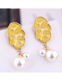 Fashion Yellow Contrast Pearl Earrings