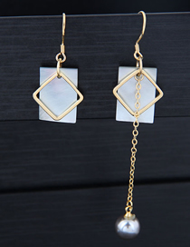Fashion Gold Shell Geometric Shape Asymmetric Earrings
