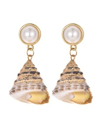Fashion Gold Alloy Conch Pearl Stud Earrings