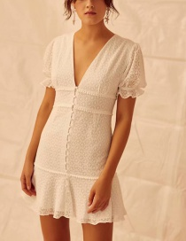 Fashion White Niche Embroidered Single Breasted Dress