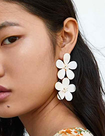 Fashion White Alloy Resin Double-layer Flower Earrings