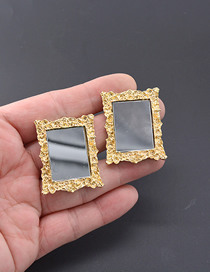 Fashion Gold Crown Photo Frame Earrings