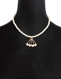 Fashion White Imitation Pearl Triangle Necklace