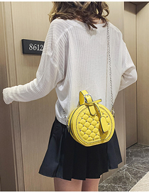 Fashion Yellow Rhombic Rivet Portable Slung Shoulder Bag