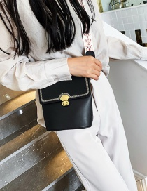 Fashion Black Frosted Splicing Messenger Bag