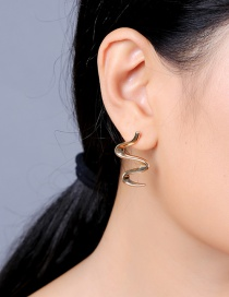 Fashion Gold Geometric Twisted Earrings