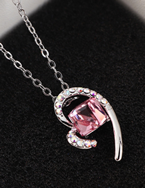 Fashion Light Rose Heart Crystal Necklace