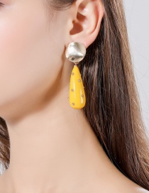 Fashion Yellow Studded Water Drop Concave Round Earrings
