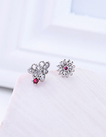 Fashion Bee Section Bee Studded Flower Earrings