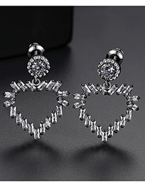 Fashion Gun Black Heart-shaped Copper Inlay Zirconium Stud