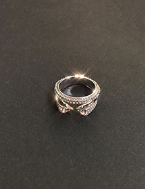 Fashion Platinum Oval Geometric Ring With Diamonds