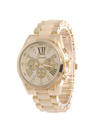 Fashion Beige Roman Numeral Geneva Three-eye Steel Band Quartz Watch