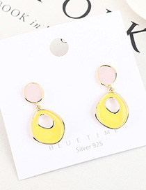 Fashion Yellow Real Gold-plated Oil-drop Geometric Cutout Contrast Earrings