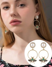 Fashion Yellow Diamond Geometric Insect Earrings With Diamonds
