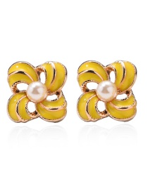 Fashion Yellow Dropped Oiled Ribbed Pearl Earrings