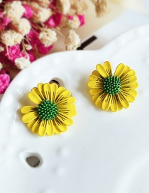 Fashion Yellow Flower Contrast Little Daisy Earrings