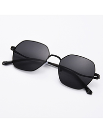 Fashion Black Frame Gray Polygonal Irregular Sunglasses