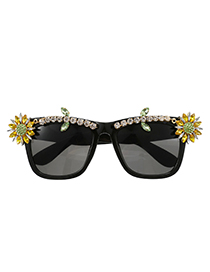 Fashion Yellow Resin Alloy Diamond Flower Square Sunglasses
