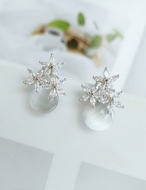 Fashion White Diamond Flower Resin Alloy Earrings