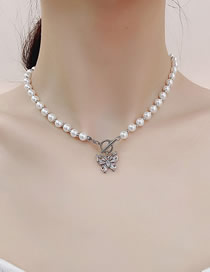 Fashion White Micro Inlay Zircon Butterfly Ot Buckle Pearl Necklace