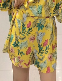 Fashion Yellow Butterfly Koala Print Contrast Shorts