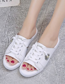 Fashion White Zou Ju Embroidered Flat Sandals And Slippers