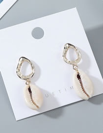 Fashion White Shell Earrings