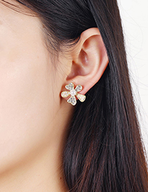 Fashion Golden Flower Pearl And Diamond Alloy Earrings