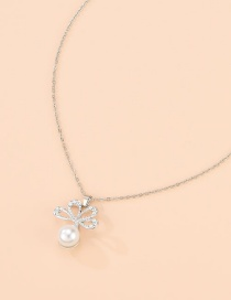 Fashion Silver Alloy Diamond Pearl Flower Necklace